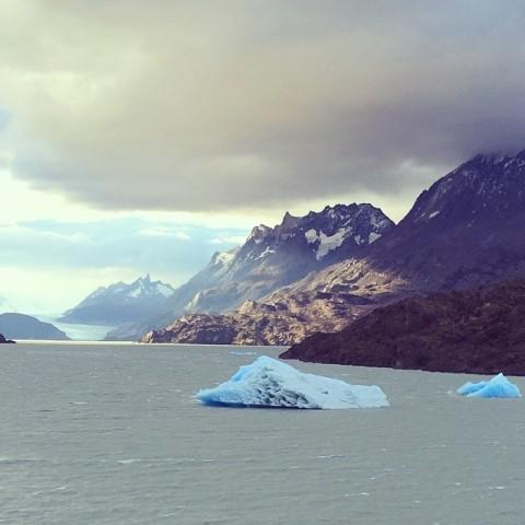 ชมก้อนน้ำแข็งและธารน้ำแข็ง Grey CR พี่ติ่ง