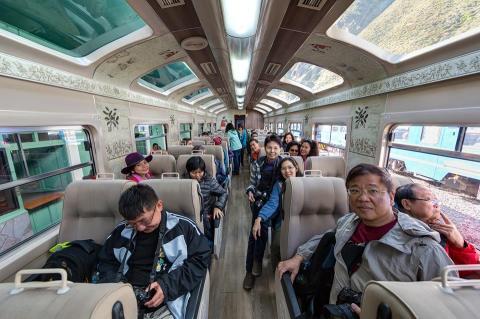 บนรถไฟมุ่งสู่มาชูปิกชู CR พี่ติ่ง