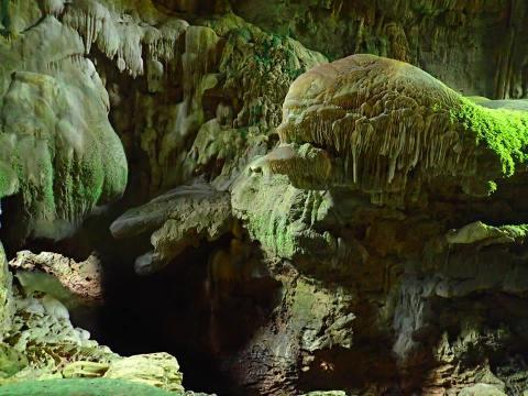 หินอะนาคอนดา และ หินเอเลี่ยน